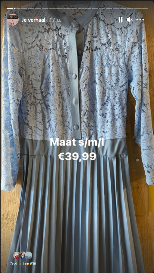 blauwe jurk kantleer