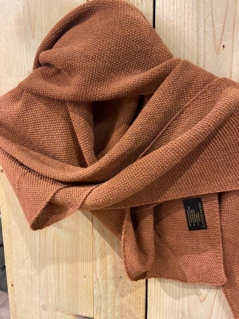gebreide shawl koper