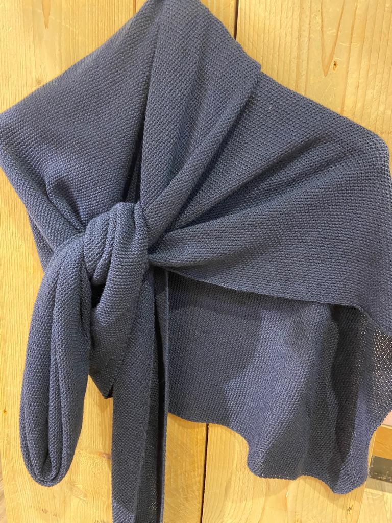 gebreide shawl donker blauw