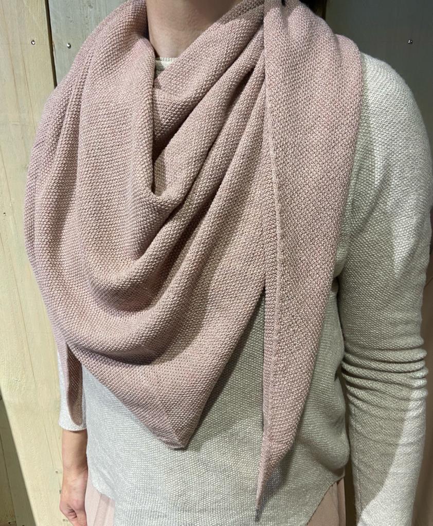 fijn gebreide punt shawl